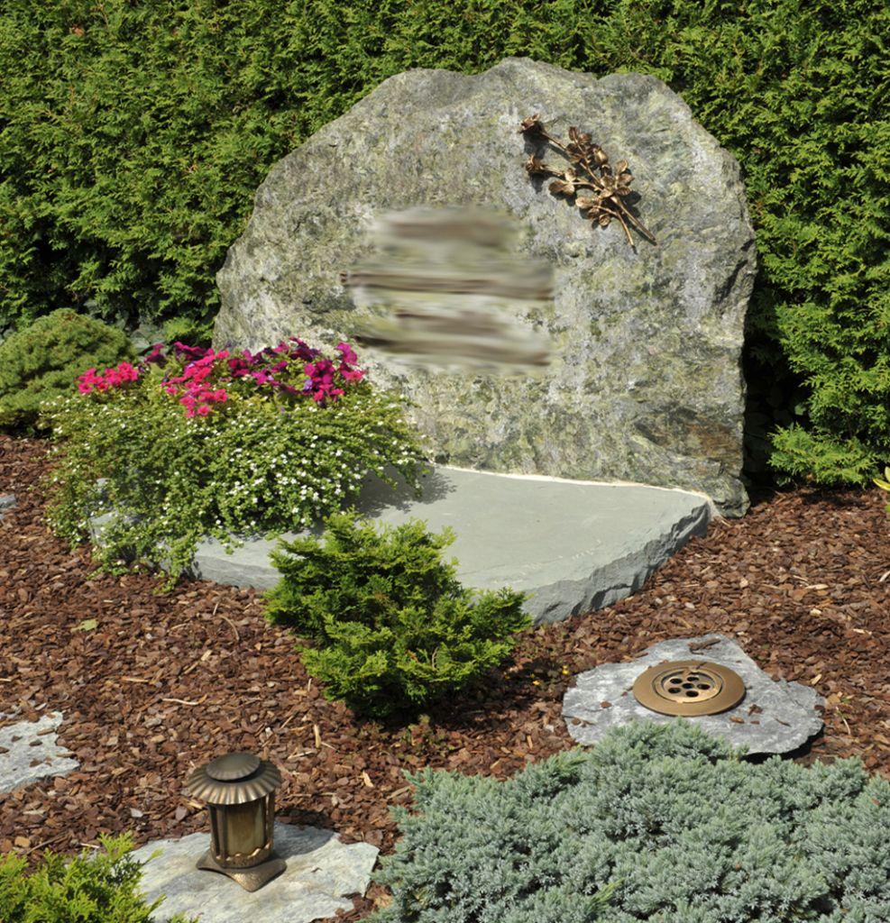 качество материала, памятники из горного камня фото баритование